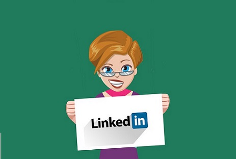 choosing LinkedIn Ads for digital marketing